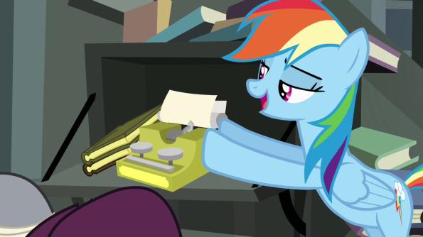 Rainbow_Dash_pushing_typewriter_S4E04